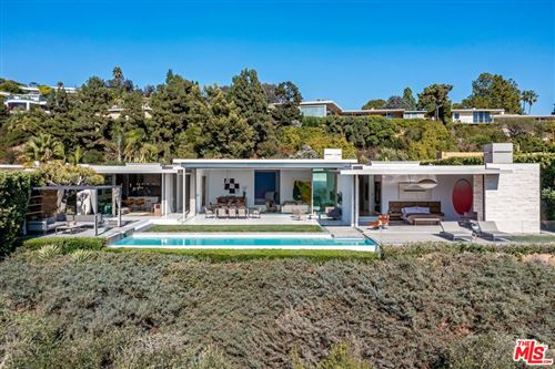 Photo of 440 TROUSDALE Place, Beverly Hills, CA 90210 (MLS # 21766286)