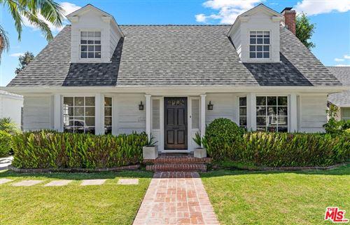 Photo of 11426 Waterford Street, Los Angeles, CA 90049 (MLS # 21771286)