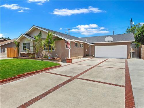Photo of 811 E Saint James Avenue, Orange, CA 92865 (MLS # PW21164287)