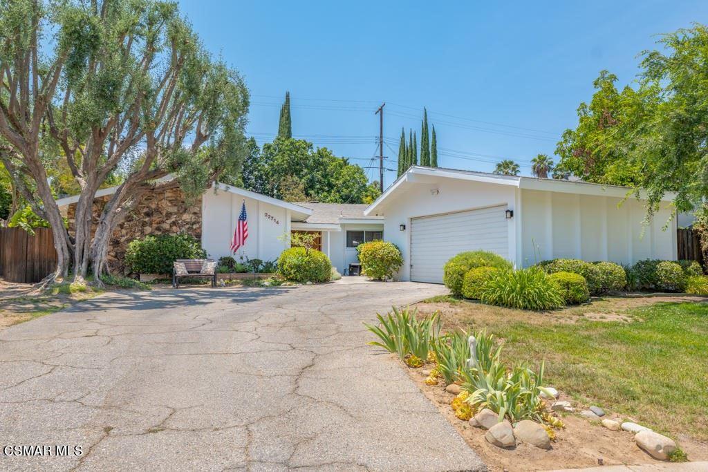 22714 Margarita Drive, Woodland Hills, CA 91364 - #: 221003287