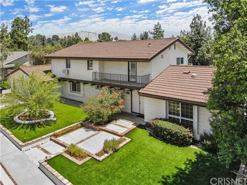 Photo of 12512 Kenny Drive, Granada Hills, CA 91344 (MLS # SR20092289)