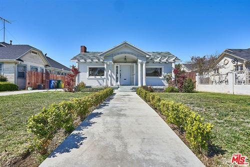 Photo of 1047 3Rd Avenue, Los Angeles, CA 90019 (MLS # 21703290)