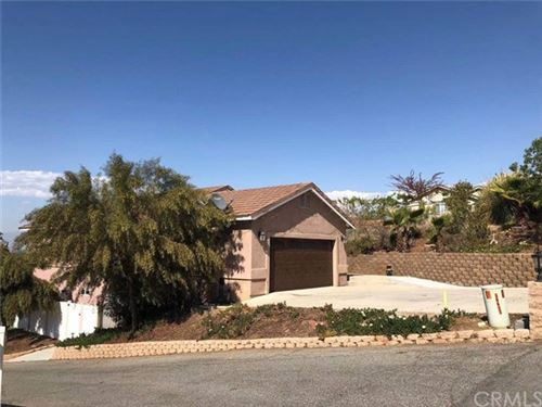 Photo of 14422 Four Winds Road, Riverside, CA 92503 (MLS # AR21081290)