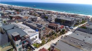 Photo of 316 20th Street, Manhattan Beach, CA 90266 (MLS # SB19180290)