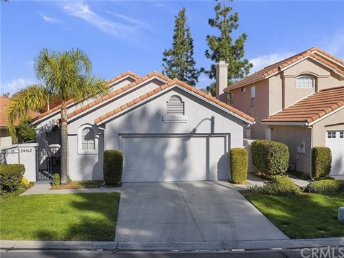 Photo of 24062 Via Helena, Murrieta, CA 92562 (MLS # SW19279291)
