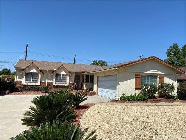 Photo of 10433 Monogram Avenue, Granada Hills, CA 91344 (MLS # BB21081291)