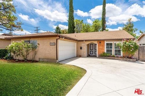 Photo of 18906 LEDAN Street, Northridge, CA 91324 (MLS # 20585292)