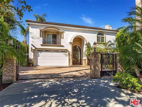 Photo of 14703 Huston Street, Sherman Oaks, CA 91403 (MLS # 21783292)