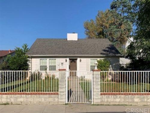Photo of 7354 Baird Avenue, Reseda, CA 91335 (MLS # SR20146292)