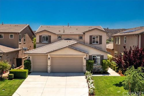 Photo of 22518 Brightwood Place, Saugus, CA 91350 (MLS # SR21096292)