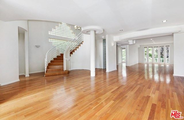 Photo of 740 SWARTHMORE Avenue, Pacific Palisades, CA 90272 (MLS # 21701292)