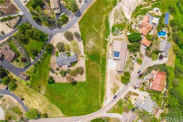 Photo of 0 Pino Way, Paso Robles, CA 93446 (MLS # NS19245292)