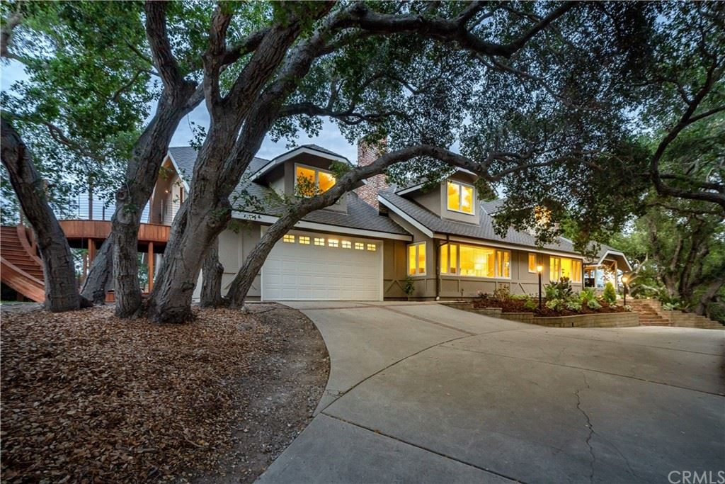 Photo of 1025 Rimrock Lane, San Luis Obispo, CA 93401 (MLS # SC21194292)