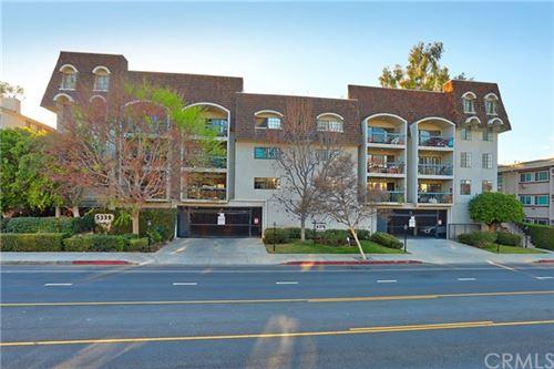 Photo of 5339 Lindley Avenue #103, Tarzana, CA 91356 (MLS # BB21044293)