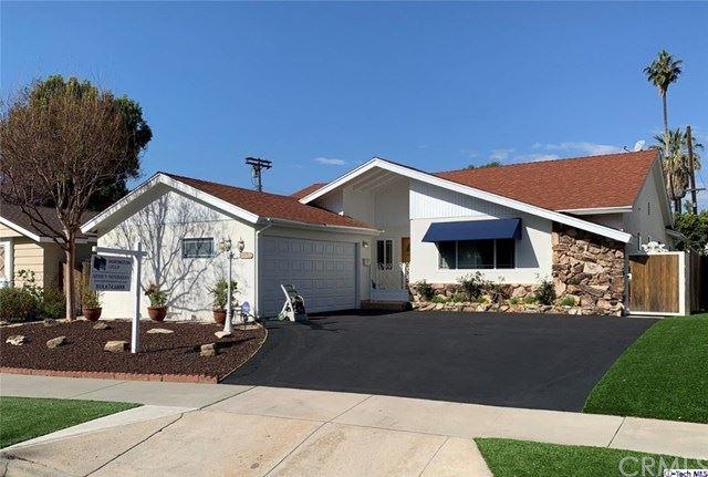 Photo of 6125 Buffalo Avenue, Valley Glen, CA 91401 (MLS # 320005293)