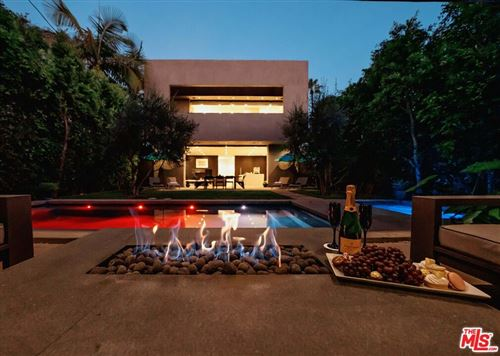 Photo of 607 N Alta Vista Boulevard, Los Angeles, CA 90036 (MLS # 21797294)