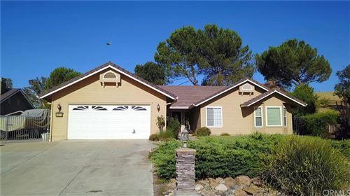 Photo of 4515 Swan Lane, Paso Robles, CA 93446 (MLS # NS20154294)