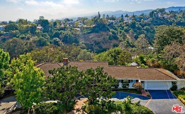 Photo of 1005 VILLA GROVE Drive, Pacific Palisades, CA 90272 (MLS # 20578294)