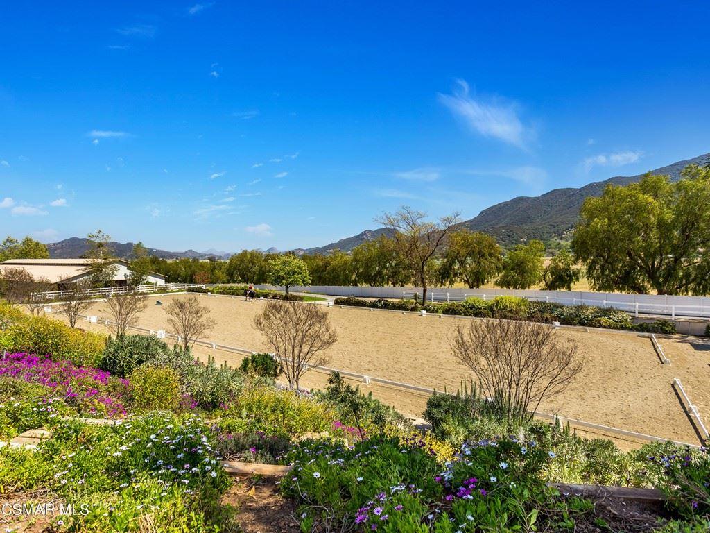 Photo of 1515 Hidden Valley Road, Thousand Oaks, CA 91361 (MLS # 221002294)