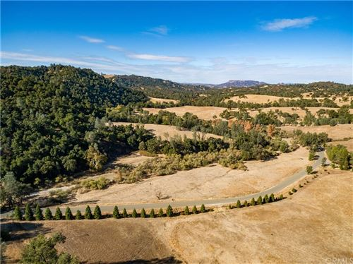 Photo of 0 Chimney Rock Road, Paso Robles, CA 93446 (MLS # NS20245295)