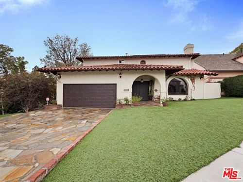 Photo of 22270 Del Valle Street, Woodland Hills, CA 91364 (MLS # 20603296)