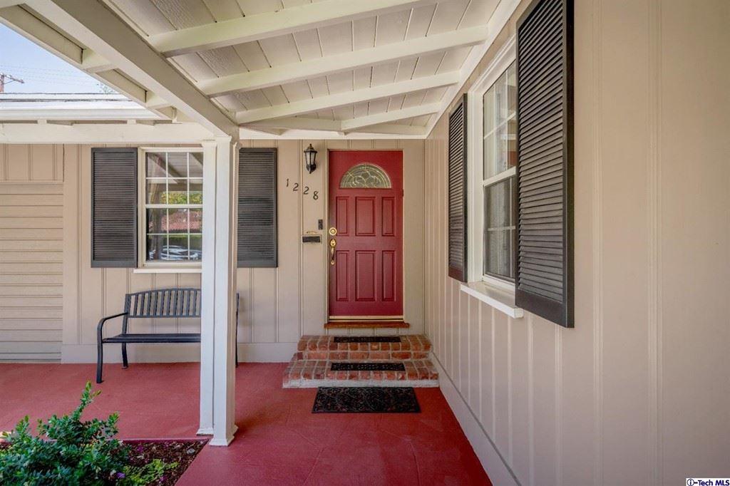Photo of 1228 Highland Avenue, Glendale, CA 91202 (MLS # 320007297)