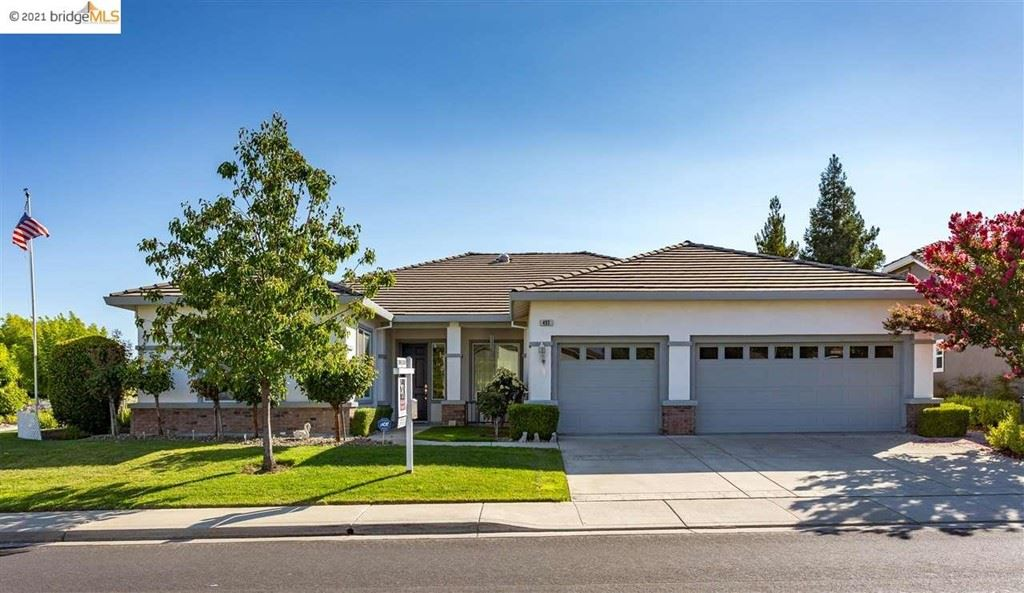 Photo of 493 CORONATION DR, Brentwood, CA 94513 (MLS # 40959297)