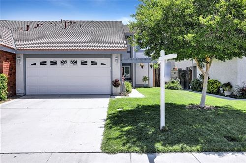 Photo of 28810 Oak Spring Canyon Road, Canyon Country, CA 91387 (MLS # OC21101298)