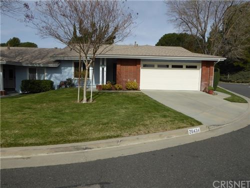 Photo of 26434 Circle Knoll Court, Newhall, CA 91321 (MLS # SR21035298)