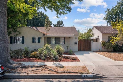 Photo of 5207 Beeman Avenue, Valley Village, CA 91607 (MLS # SR21188299)