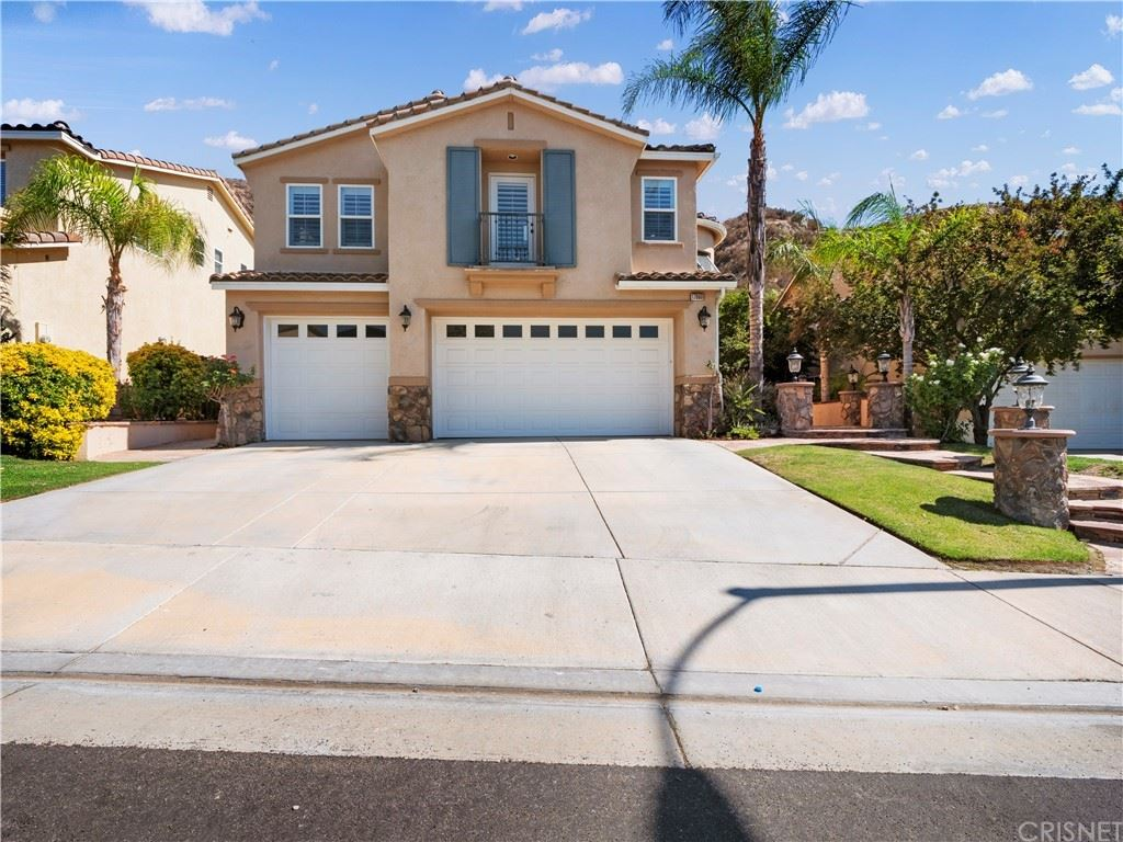 Photo for 17860 Wren Drive, Canyon Country, CA 91387 (MLS # SR21144299)