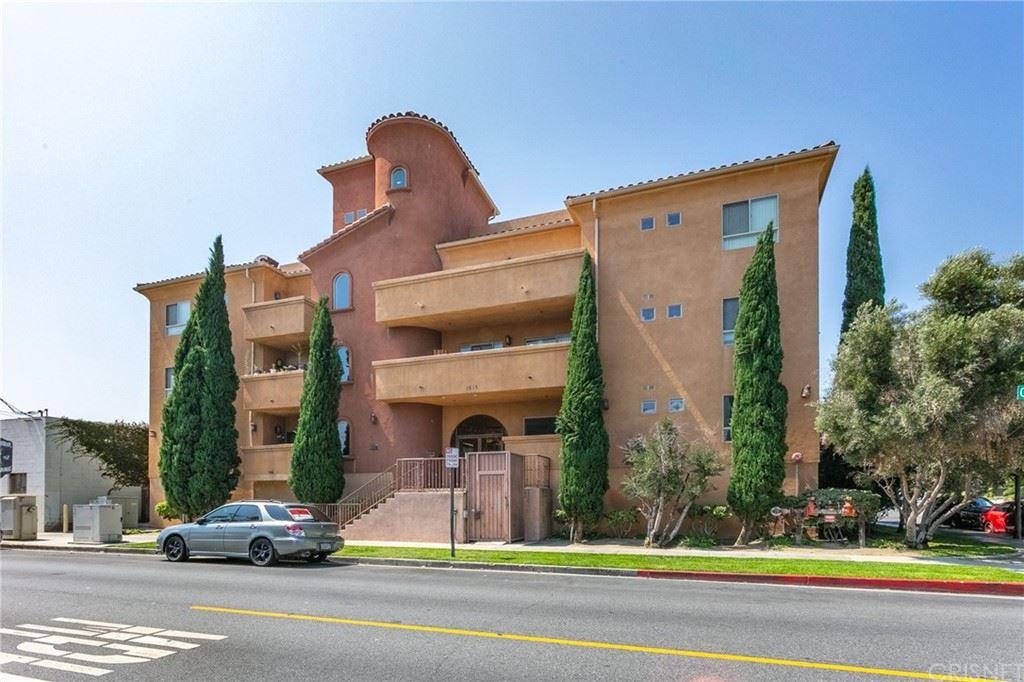 1515 Grismer Avenue #304, Burbank, CA 91504 - MLS#: SR21205299