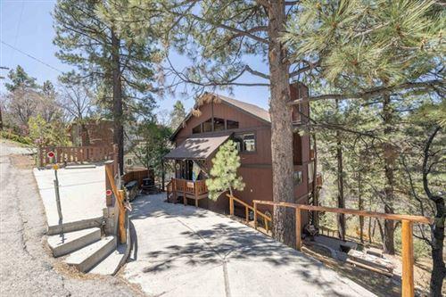 Photo of 586 Villa Grove Avenue, Big Bear, CA 92314 (MLS # 219061642PS)