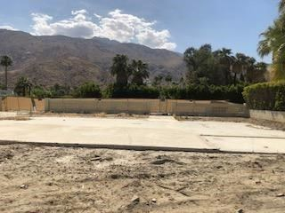 Photo of 532 Via Miraleste, Palm Springs, CA 92262 (MLS # 219061942PS)