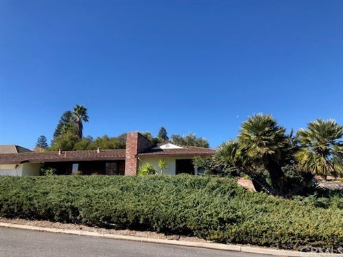 Photo of 1518 Country Club Drive, Paso Robles, CA 93446 (MLS # NS19267300)