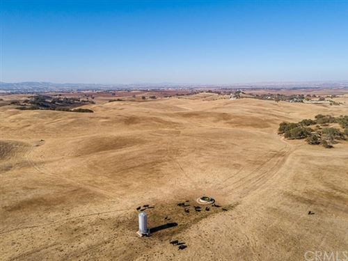Photo of 6425 Union Parcel #1 Road, Paso Robles, CA 93446 (MLS # NS20250300)