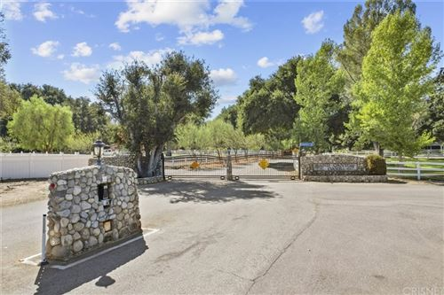 Photo of 0 Mountain Park Road, Canyon Country, CA 91387 (MLS # SR21222300)