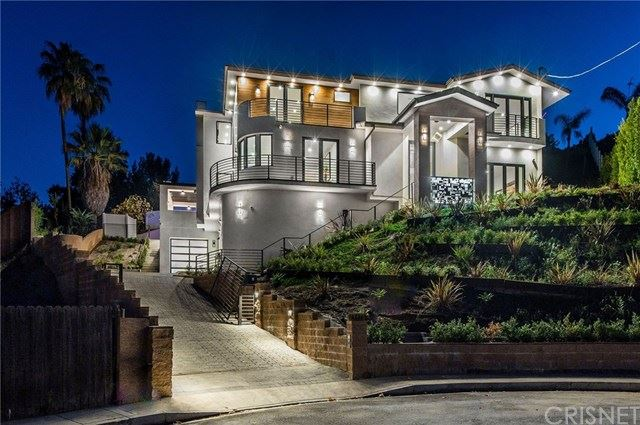 Photo of 16736 Pageant Place, Encino, CA 91436 (MLS # SR20246300)