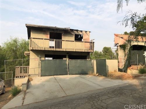 Photo of 21424 Mayan Drive, Chatsworth, CA 91311 (MLS # SR20198301)