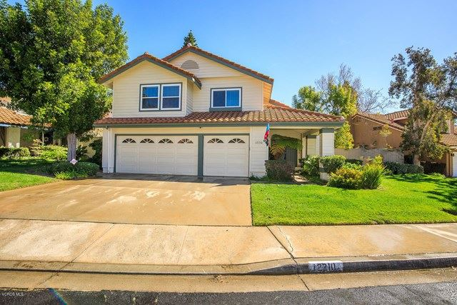Photo of 12210 Willow Hill Drive, Moorpark, CA 93021 (MLS # 220003301)