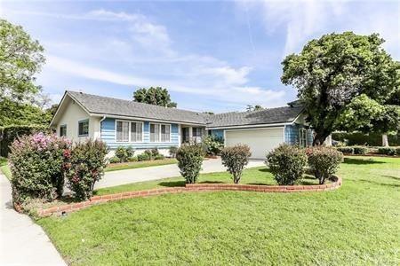 Photo of 11529 De Celis Place, Granada Hills, CA 91344 (MLS # SR21132302)