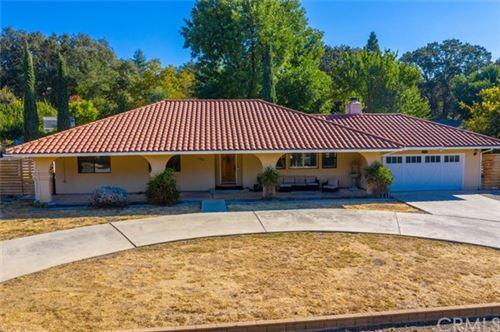 Photo of 6201 Los Gatos Road, Atascadero, CA 93422 (MLS # NS20222303)