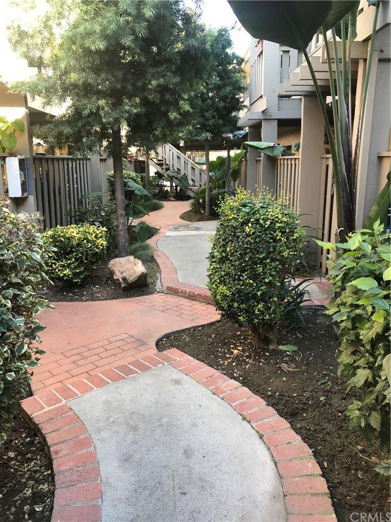 3265 Santa Fe Ave, Long Beach, CA 90810 - MLS#: DW21033303