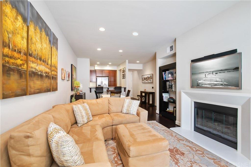 Photo of 14412 Killion Street #106, Sherman Oaks, CA 91401 (MLS # SR21131303)