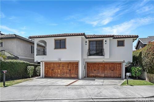 Photo of 3241 Broad Street, Newport Beach, CA 92663 (MLS # OC21117304)