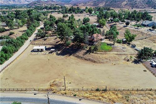 Photo of 34162 Agua Dulce Canyon Road, Agua Dulce, CA 91390 (MLS # SR20208304)