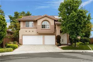 Photo of 8 Via Anta, Rancho Santa Margarita, CA 92688 (MLS # OC19094305)