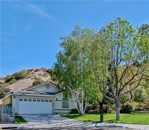 Photo of 25801 Webster Place, Stevenson Ranch, CA 91381 (MLS # SR21089305)