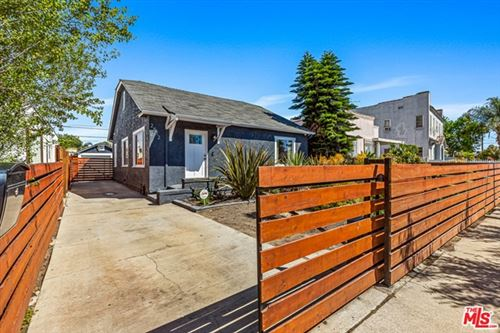 Photo of 2512 S RIMPAU, Los Angeles, CA 90016 (MLS # 20581306)