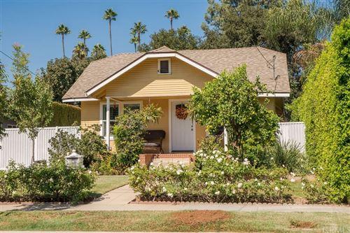 Photo of 511 Stonehurst Drive, Altadena, CA 91001 (MLS # CV21216306)
